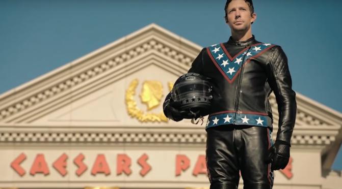 Travis Pastrana homenageia Evel Knievel