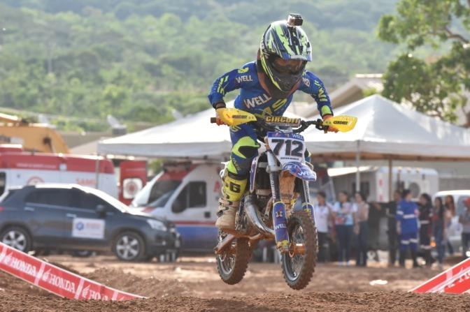 Gustavo Torres é campeão em casa pela 50cc no Brasileiro de Motocross em Goiás
