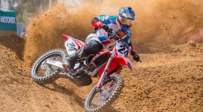 Brett Metcalfe renova com a Penrite Honda Racing para 2019