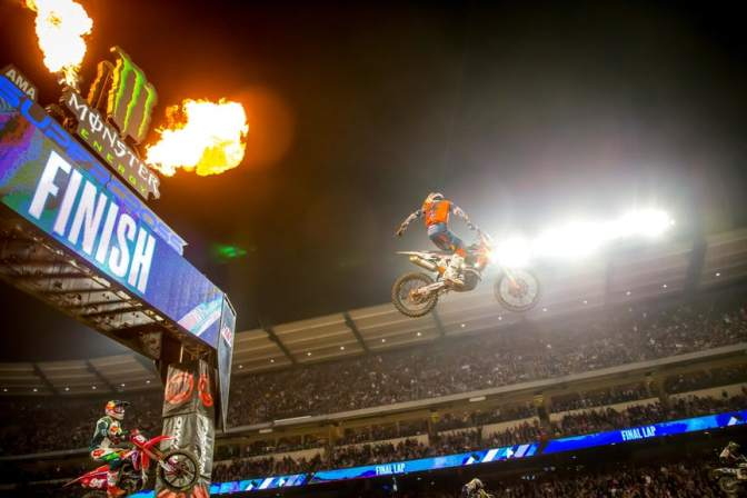 MONSTER ENERGY SUPERCROSS 2019 (AMA SUPERCROSS) – 3A ETAPA – ANAHEIM #2