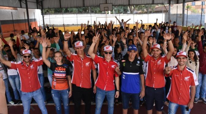 Ação social movimenta escola em Morrinhos na 2ª etapa do Brasileiro de Motocross